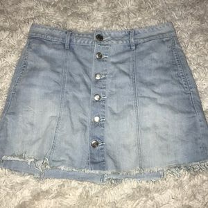 Button up American Eagle skirt!